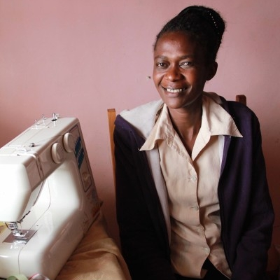 Esther Nyambura Waithaka (EN)
